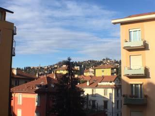 Foto - Trilocale via Broseta, Loreto, Bergamo