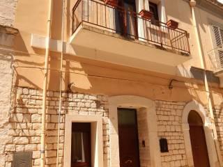 Foto - Palazzo / Stabile via Monte San Michele, Cassano Delle Murge