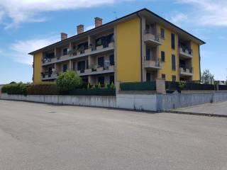 Foto - Trilocale nuovo, ultimo piano, Cura Carpignano