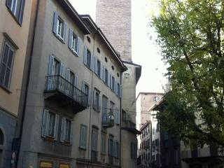 Foto - Bilocale ottimo stato, primo piano, Città Alta, Bergamo