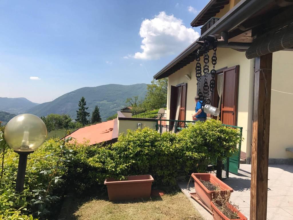 foto  Villa a schiera Strada Zocco, Bianzano