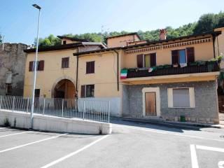 Foto - Palazzo / Stabile via Antonio Locatelli 18, Bagnatica