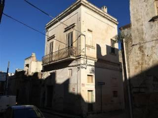 Foto - Casa indipendente 75 mq, da ristrutturare, Casarano