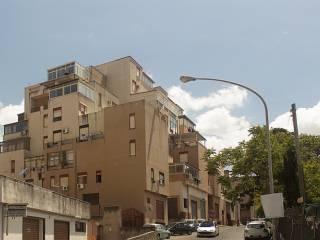 Foto - Quadrilocale buono stato, terzo piano, Cappuccini, Palermo