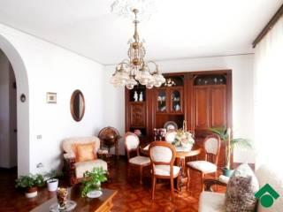 Foto - Quadrilocale buono stato, primo piano, Monreale, Cagliari