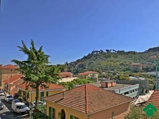 Foto - Quadrilocale via pietrabruna, 98, San Lorenzo Al Mare