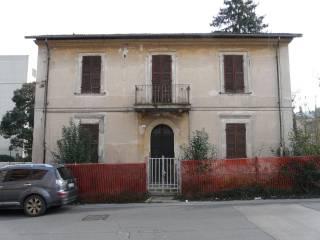 Foto - Palazzo / Stabile due piani, da ristrutturare, Terni