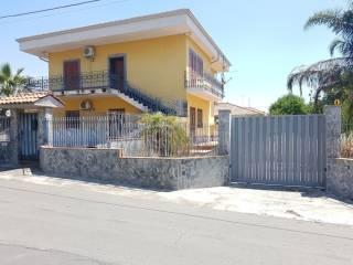 Foto - Villa, da ristrutturare, 120 mq, Mascalucia
