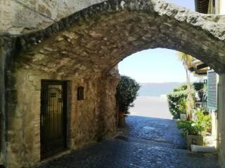 Foto - Bilocale via Vittorio Emanuele III, Anguillara Sabazia