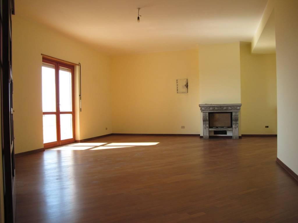 foto  Appartamento ottimo stato, quinto piano, Reggio Calabria