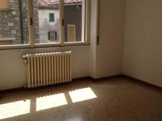 Foto - Bilocale buono stato, terzo piano, Olginate