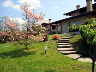 Foto - Villa via Camillo Benso Conte di Cavour 18, Azzate