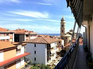 Foto - Trilocale via Vigne, Riva Ligure