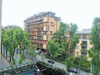 Foto - Bilocale viale Nazario Sauro 5, Stelvio, Milano