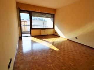 Foto - Trilocale buono stato, quinto piano, San Giuseppe, Santa Chiara, Trento