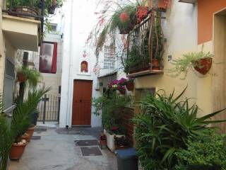 Foto - Palazzo / Stabile due piani, buono stato, Noicattaro
