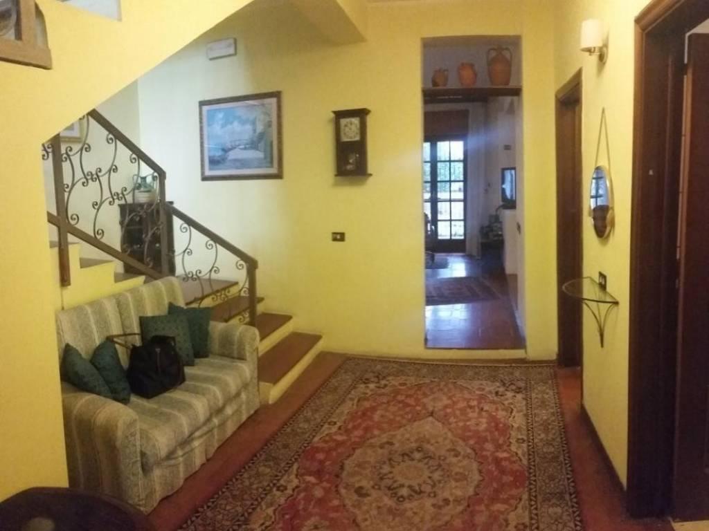 foto  Villa unifamiliare, buono stato, 300 mq, Reggio Calabria