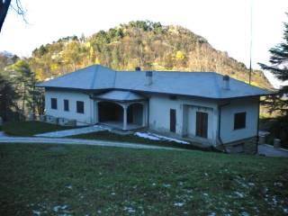 Foto - Villa, da ristrutturare, 400 mq, Guello, Bellagio