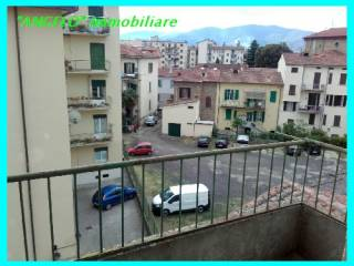 Foto - Quadrilocale buono stato, terzo piano, Santo Spirito, Arezzo