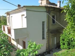 Foto - Rustico / Casale, da ristrutturare, 120 mq, Francavilla al Mare
