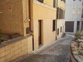 Foto - Bilocale ottimo stato, piano terra, Centro storico, Ancona