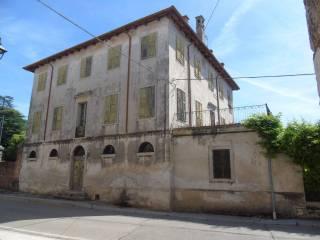 Foto - Villa, da ristrutturare, 1160 mq, Orgnano, Basiliano