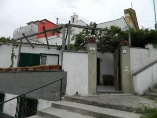 Foto - Trilocale buono stato, primo piano, Serrara Fontana