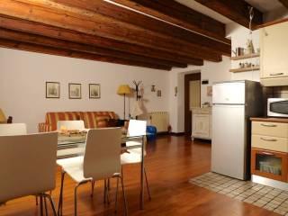 Foto - Bilocale ottimo stato, secondo piano, Borgo Santa Caterina, Bergamo