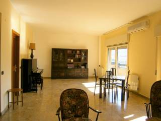 Foto - Appartamento buono stato, quarto piano, Catania, Messina