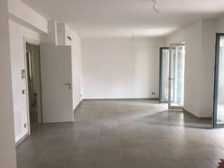 Foto - Trilocale nuovo, terzo piano, Avellino