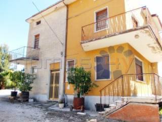 Foto - Casa indipendente 200 mq, buono stato, Montegiorgio