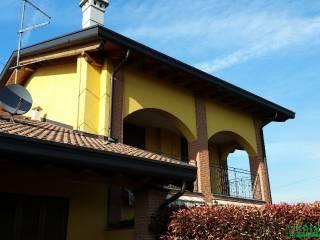 Foto - Trilocale via Kennedy, Bregnano