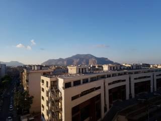 Foto - Quadrilocale via degli Emiri 28, Zisa, Palermo