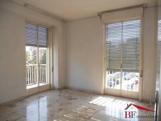 Foto - Quadrilocale buono stato, terzo piano, Via Fleming, Catania