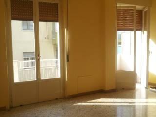 Foto - Quadrilocale buono stato, terzo piano, Reggio Calabria