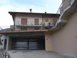 Foto - Trilocale via Cachinaglio 30-50, Pratomano, Sedrina