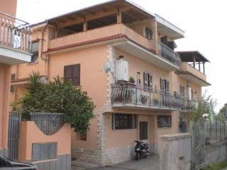 Foto - Bilocale ottimo stato, primo piano, Divino Amore, Roma