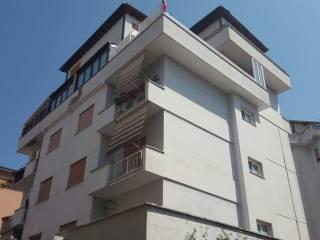 Foto - Bilocale da ristrutturare, terzo piano, Torre Maura, Roma