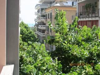 Foto - Trilocale buono stato, secondo piano, Via Nicola Fabrizi, Pescara