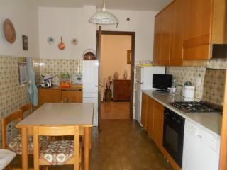 Foto - Appartamento buono stato, terzo piano, Adria
