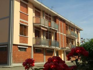 Foto - Quadrilocale buono stato, secondo piano, Cerano