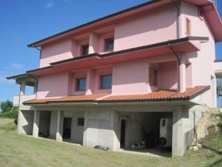 Foto - Villa, nuova, 700 mq, Loreto Aprutino