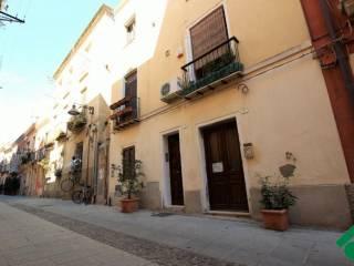 Foto - Bilocale via San Giacomo, 9, Cagliari