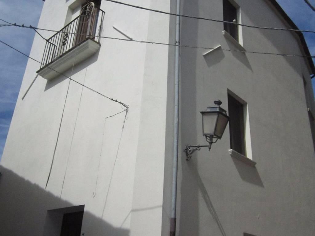 foto prospetto Casa indipendente via Guzzolino, Rovito
