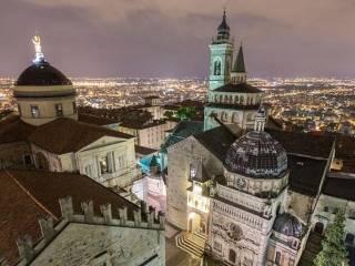 Foto - Trilocale via Porta Dipinta, Città Alta, Bergamo