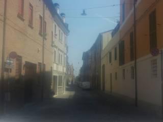 Foto - Palazzo / Stabile tre piani, da ristrutturare, Centro Storico, Ferrara