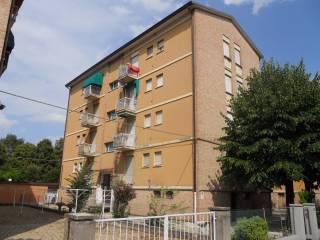 Foto - Quadrilocale da ristrutturare, secondo piano, Sacca, Modena