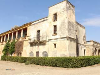 Foto - Palazzo / Stabile due piani, da ristrutturare, Bernalda