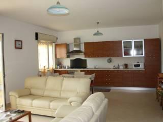 Foto - Appartamento via Nazionale, Montepaone Lido, Montepaone
