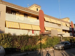 Foto - Trilocale buono stato, piano terra, Stanic, Bari